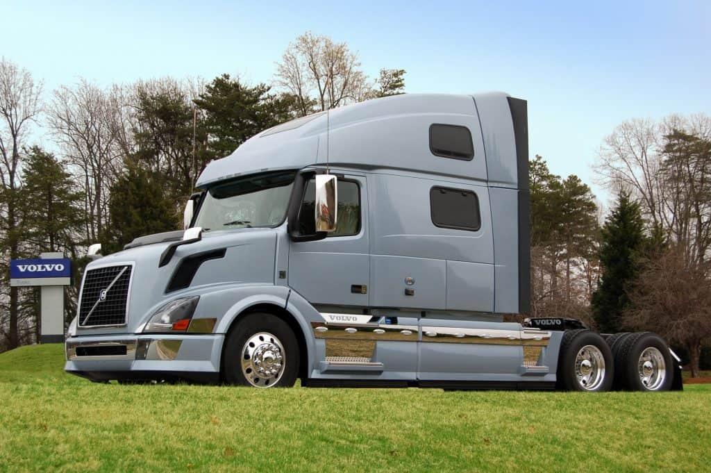 VOLVO VNL 780 on American Truck Simulator (3)